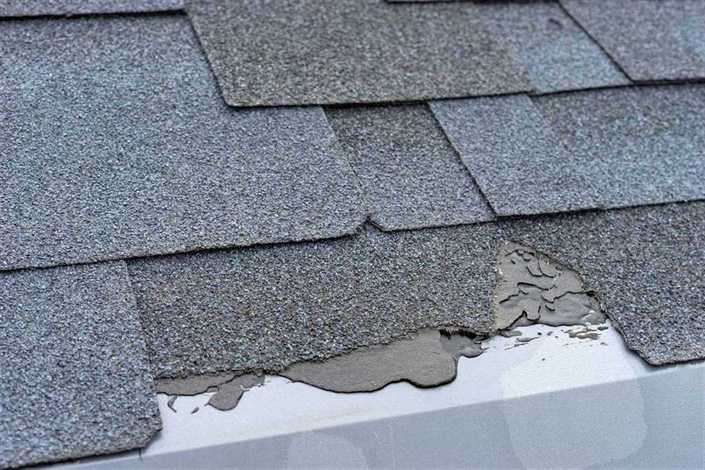 Does A Roof Shedding Granules Need Repair Roofco